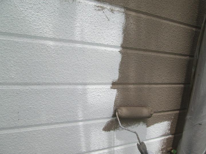 7-6.外壁中塗り