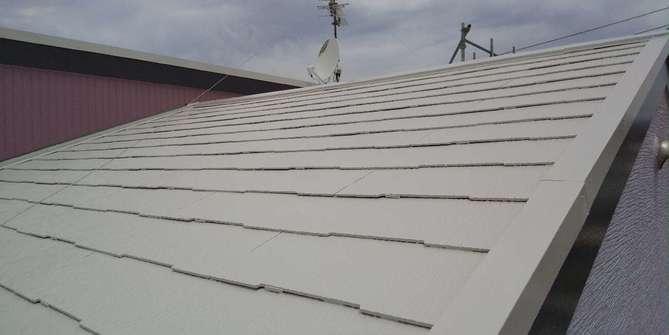 屋根上塗り作業完了