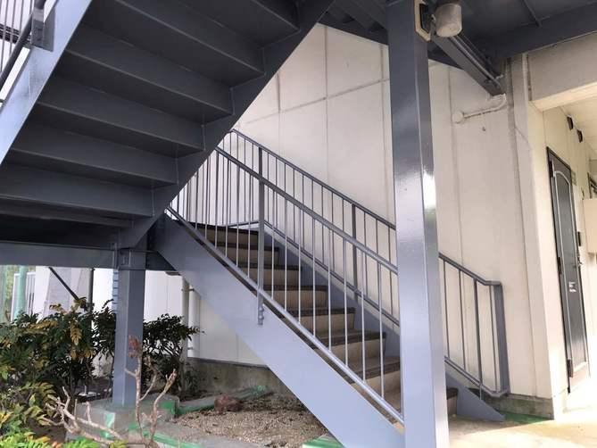 階段部塗装