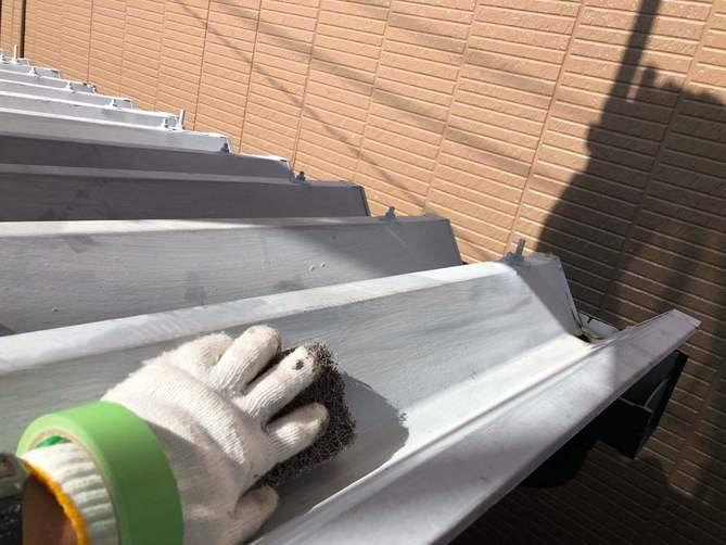 カーポート屋根ケレン作業