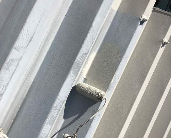 カーポート屋根下塗り作業