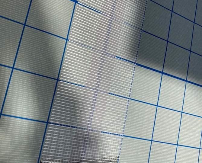 ベランダ防水補強テープ貼り作業