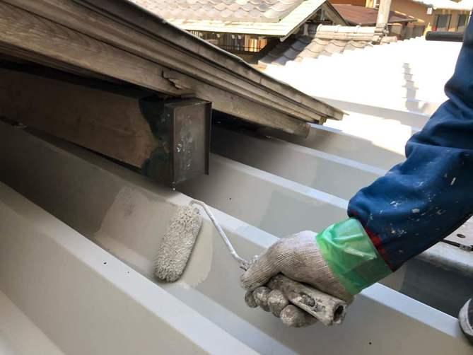 カーポート屋根上塗り作業
