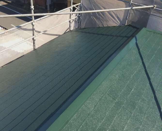 屋根上塗り完了