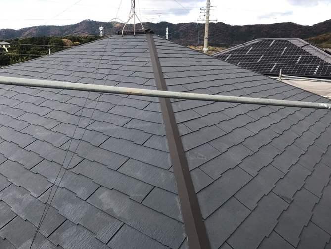 屋根下塗り完了