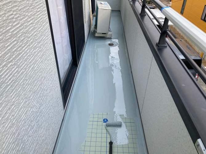 ウレタン防水 1層目塗布作業