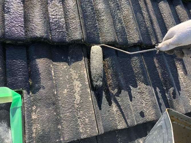 屋根 下塗り作業