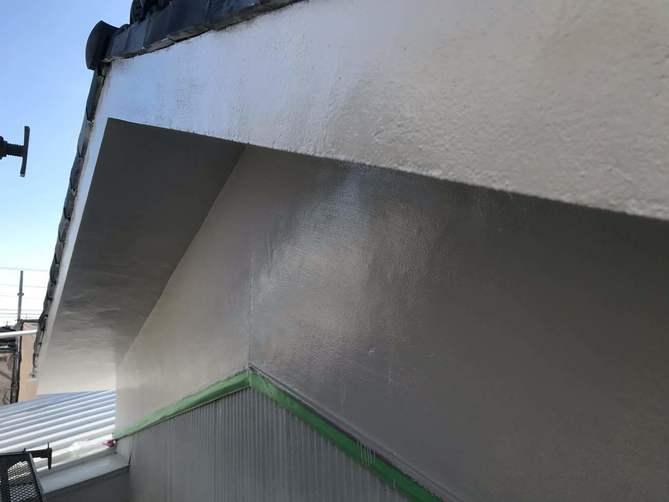 外壁(モルタル部分)上塗り完了
