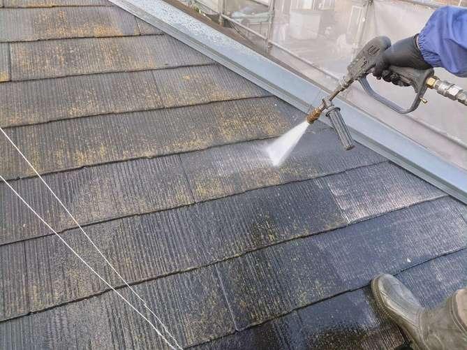 屋根水洗い作業