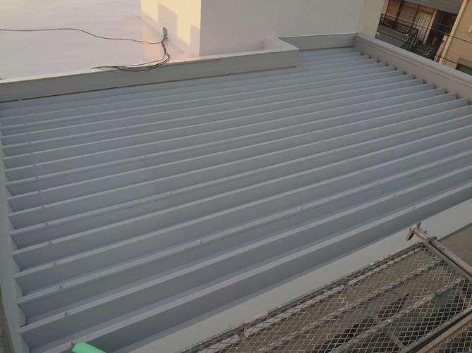 折半屋根 下塗り完了