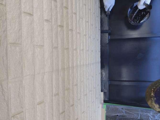 屋根上塗り作業