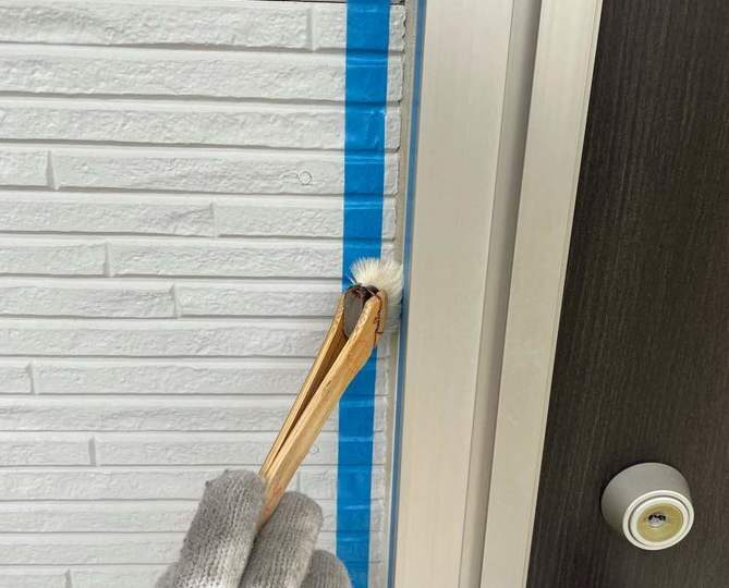 シールプライマー塗布作業