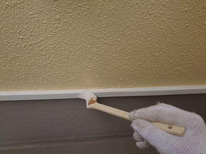 付帯部中塗り作業